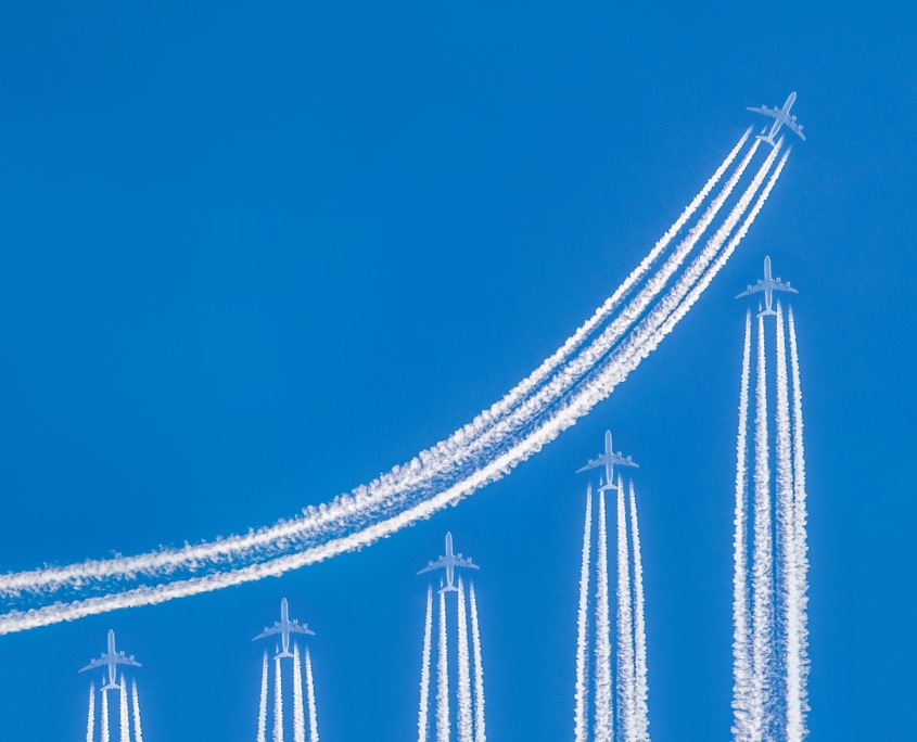 Airplanes forming chart